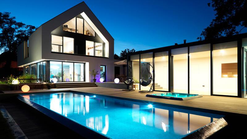 Baignade reposante piscine debordement maison Piscine à débordement 3D Gris béton