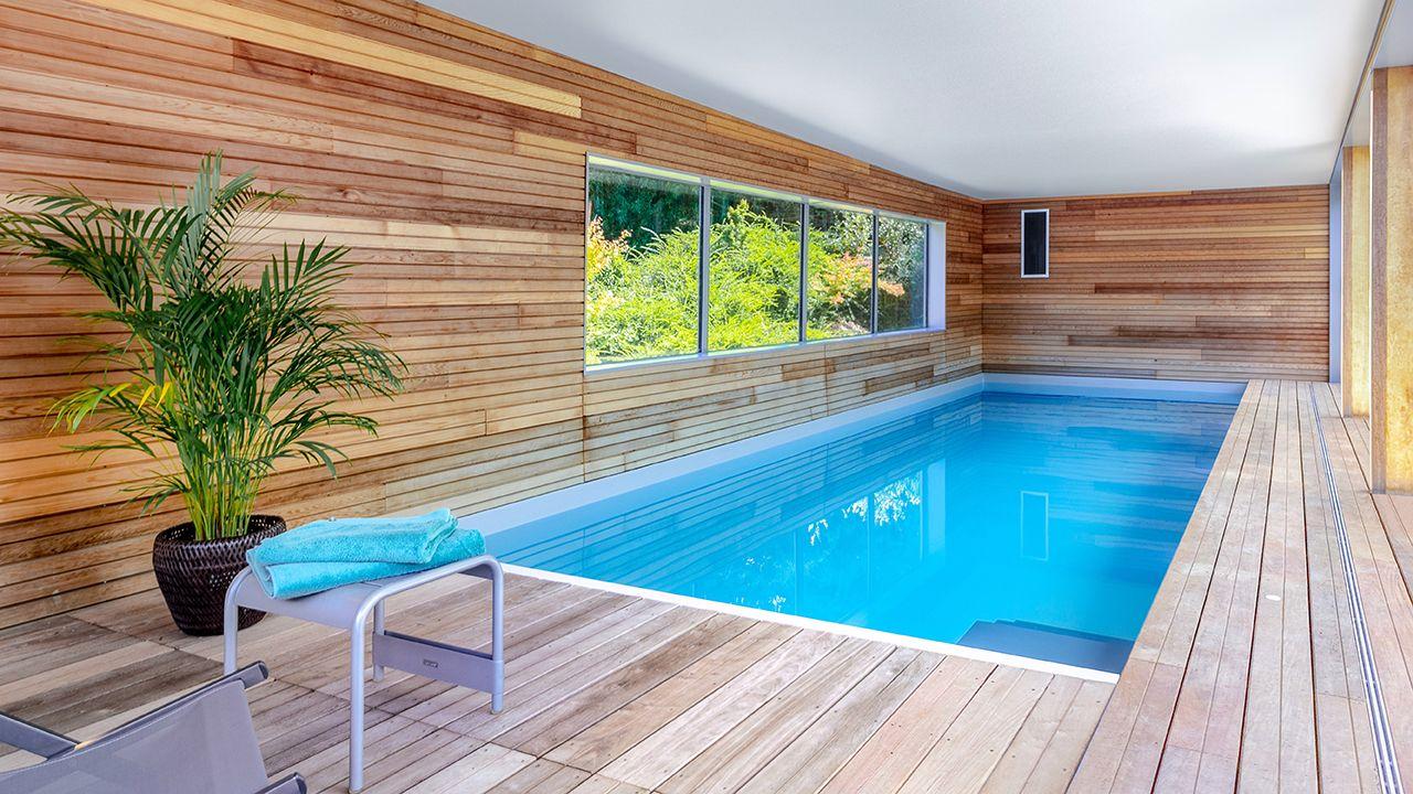 Relaxation aquatique piscine interieure architecte Piscine intérieure Gris clair