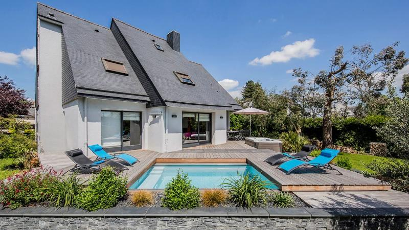 La piscine mystère piscine urbaine bois Piscine avec terrasse mobile
