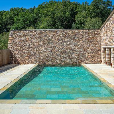 piscine Pyrénées-Atlantiques construite par Piscine Klea
