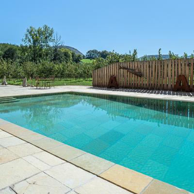 construction de piscine Piscine Klea dans le 64