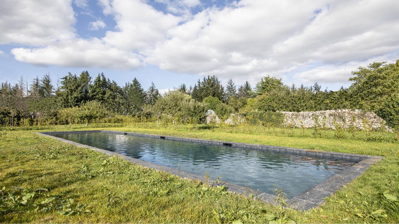 Nature brut piscine beton naturelle granit noir Couloir de nage 3D Gris ardoise