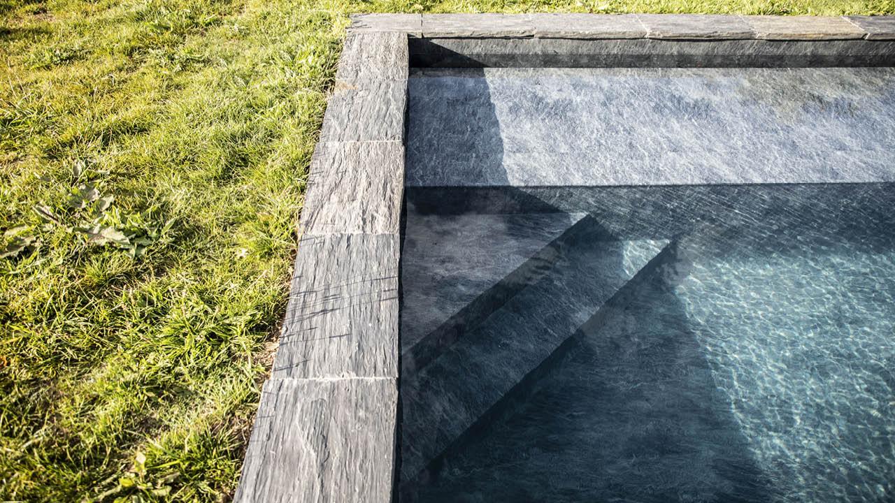 Nature brut piscine marches ardoise granit noir Couloir de nage 3D Gris ardoise