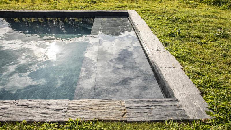 Nature brut piscine nature ardoise granit Couloir de nage 3D Gris ardoise