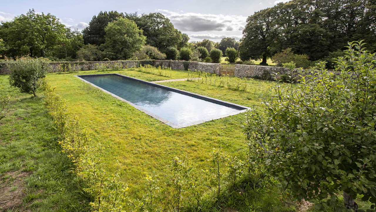 Nature brut piscine noire nature margelles ardoises Couloir de nage 3D Gris ardoise