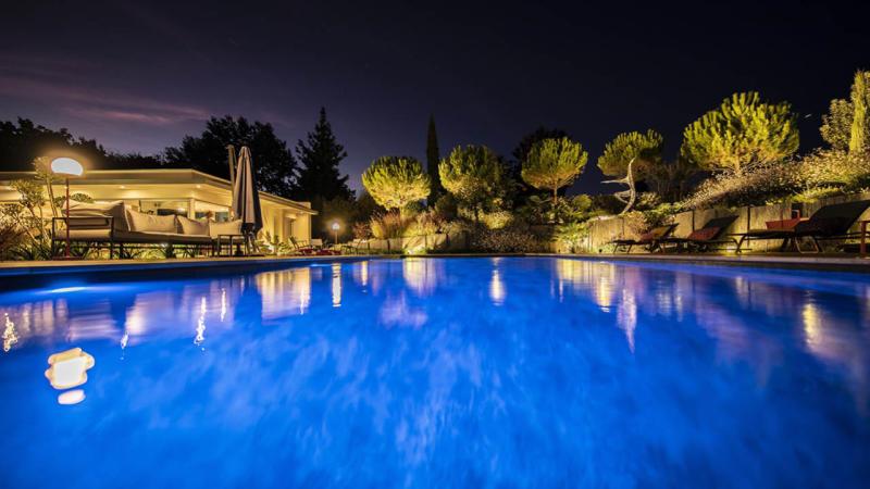 La beauté des détails piscine paysagee eclairage nuit Piscine paysagée 3D Gris ardoise