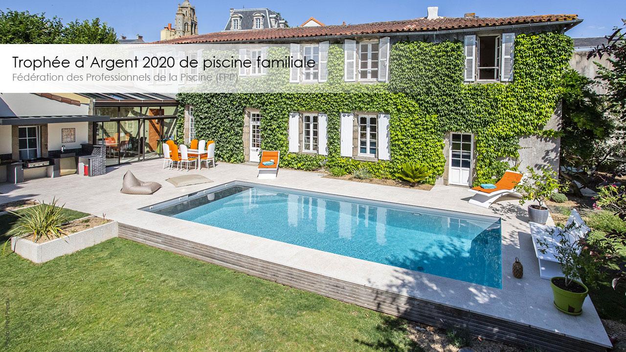 trophee-argent-2020-piscine-familiale-esprit-piscine