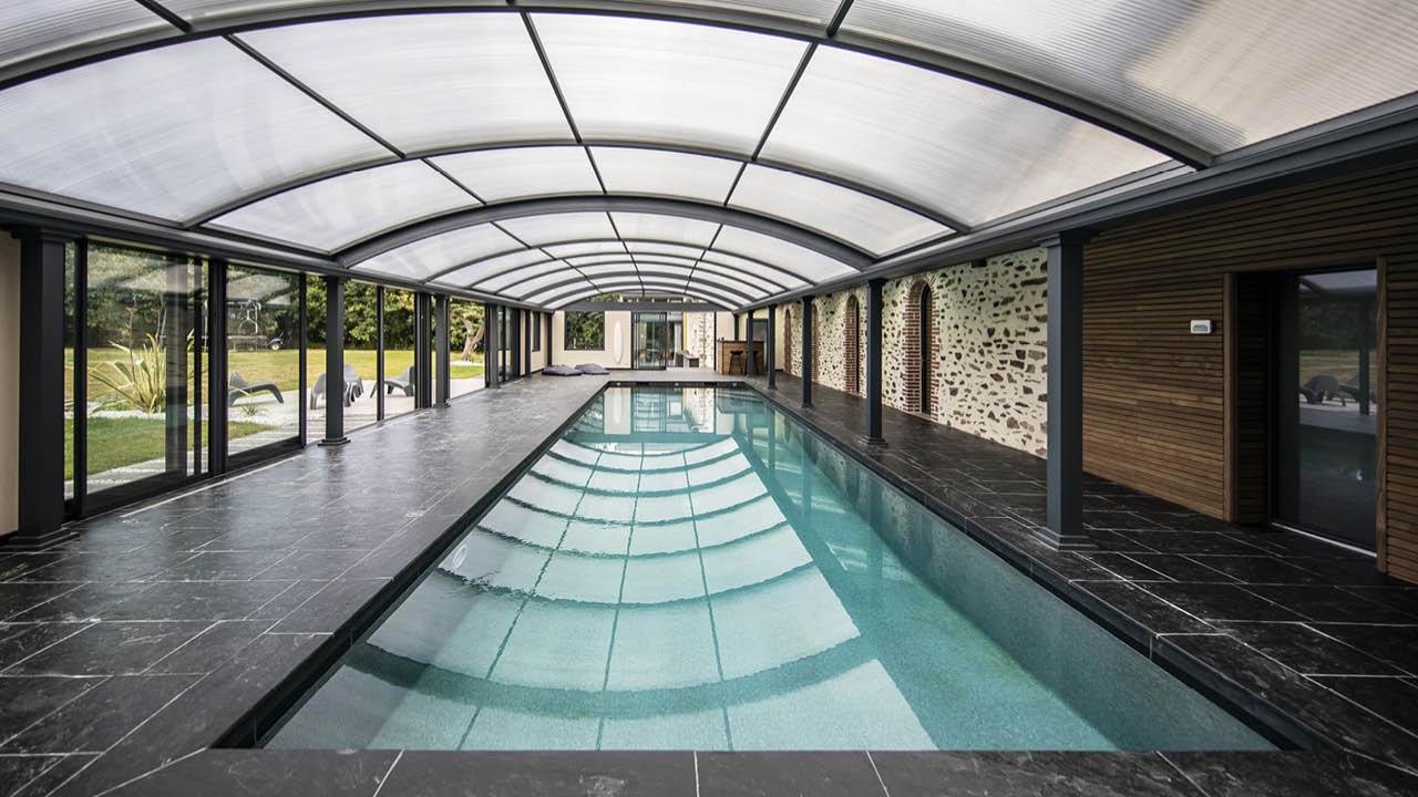 Profiter par tous les temps piscine beton ligne eau mineral abri Ligne d'eau minérale Abris de piscine 3D Gris ardoise