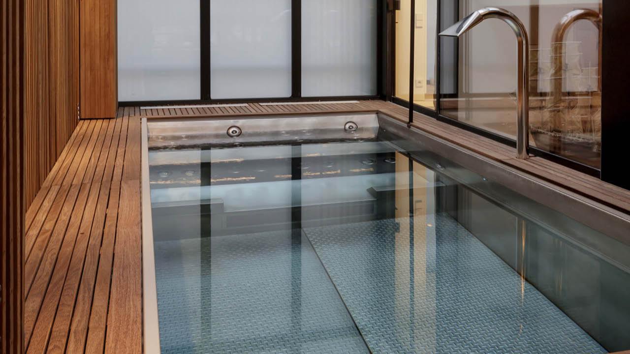 La nouvelle alliance piscine inox en interieur Piscine inox