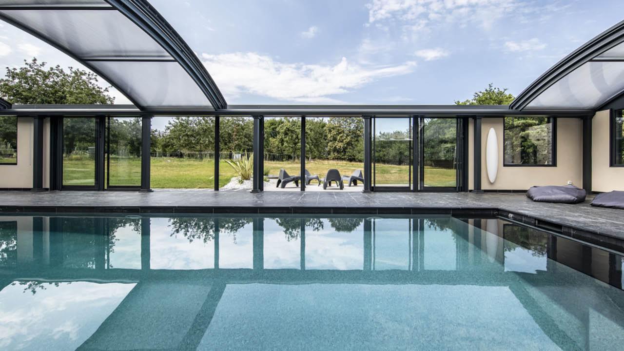 Profiter par tous les temps piscine ligne eau mineral ardoise Ligne d'eau minérale Abris de piscine 3D Gris ardoise