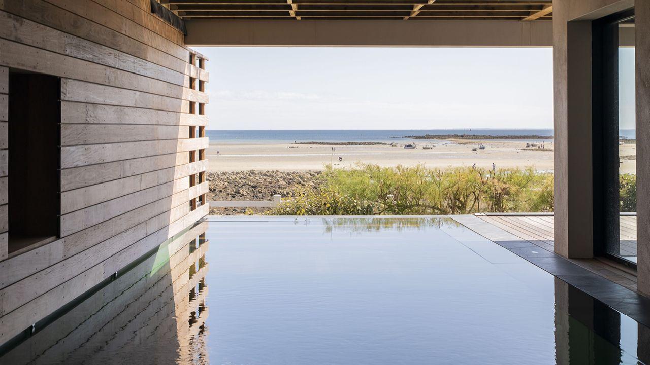 Une piscine d'exception piscine trophee exception Piscine à fond mobile Piscine In&Out Piscine miroir minéral