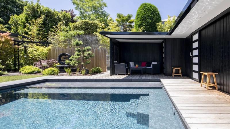 Baignade en toute sérénité ligne eau minérale banquette esprit piscine 2020 81 Ligne d'eau minérale 3D Gris béton
