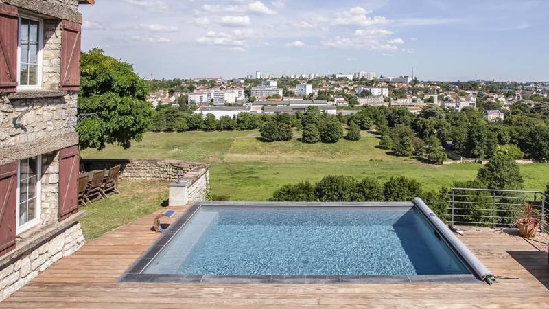 Bain en haut lieu petite piscine citadine esprit piscine 2020 13 Piscine citadine Gris anthracite