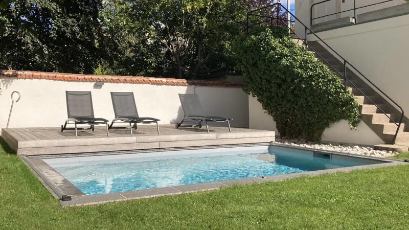 Eclipse d'eau piscine terrasse mobileesprit piscine 2020 125 Piscine avec terrasse mobile Gris clair