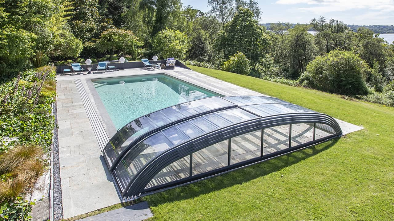 Baignade discrète rénovation piscine abri ouvert esprit piscine 2020 5 Rénovation de piscines