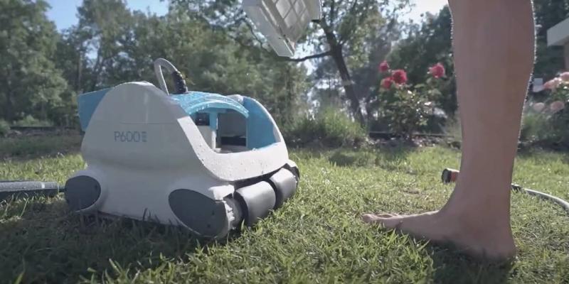 Robot de piscine Aquatron Bwt