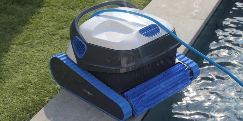 Tester un robot de piscine